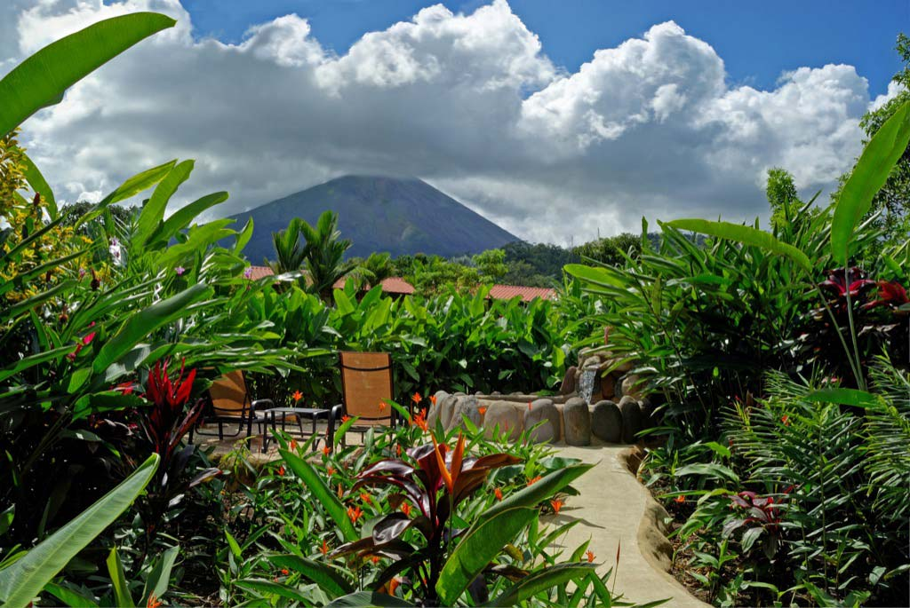 Volcano Lodge, Hotel & Thermal Experience 4*